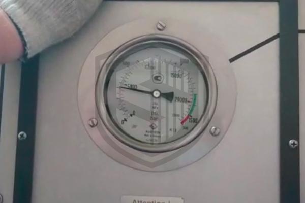 Видео испытания металлорукава на разрыв и герметичность